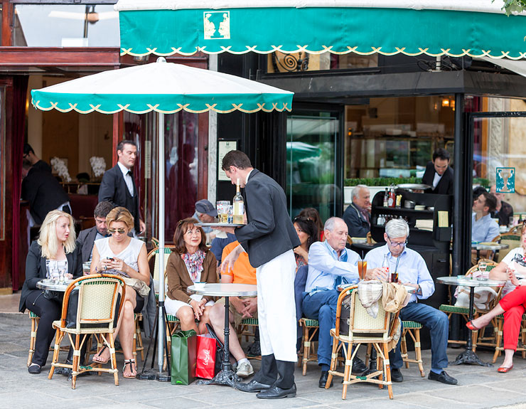 10 Cafés abroad that are literary famous