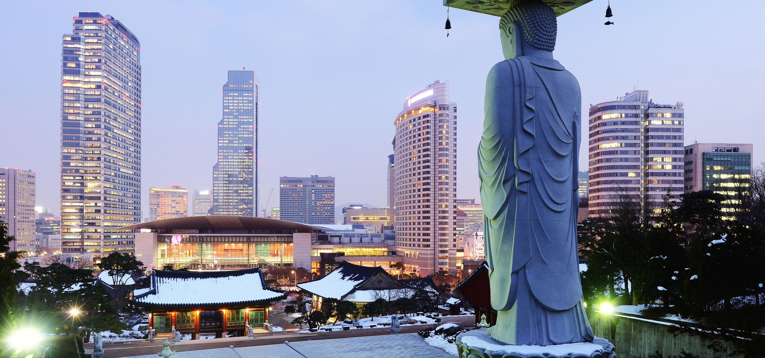View of the Bongeunsa Temple and urban buildings in the Gangnam District of Seoul, Korea.